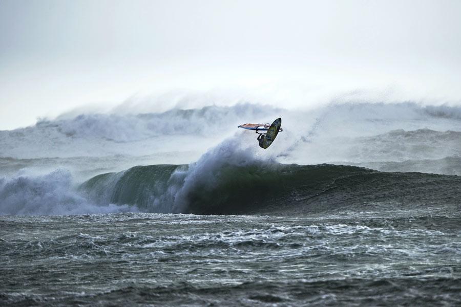 Thomas at Bol in Tasmania - Pic: Massive whitewater - A huge jump by Thomas - Pic: Sebastian Marko/Red Bull Content Pool
