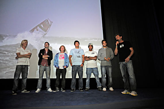 Four Dimensions crew and protagonists - Pic: Continentseven.com
