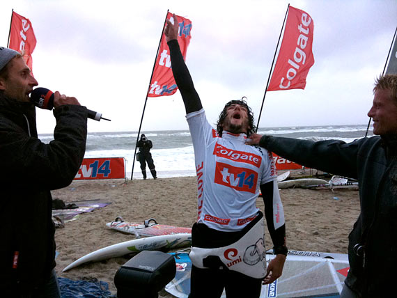 Alex Mussolini wins the wave event - Pic: Continentseven.com