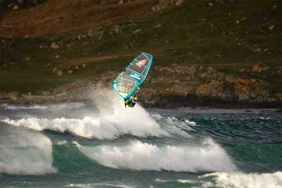 Timo Mullen with a nice aerial - Pic: John Carter