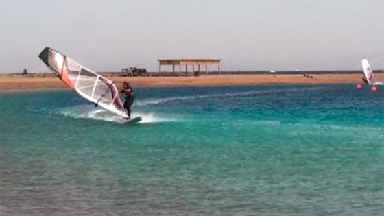 Air Funnell one handed by Yarden Meir at Dahab