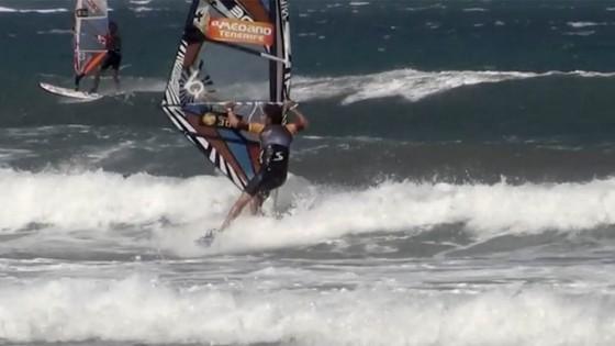 Wave Grubby by Thomas Traversa
