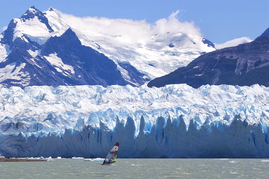 Stunning nature at the Perito glacier far south (Pic: Argentina).