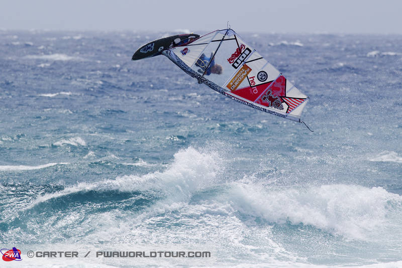 Moritz can jump, here with a Pushloop during the kid's competition on Tenerife