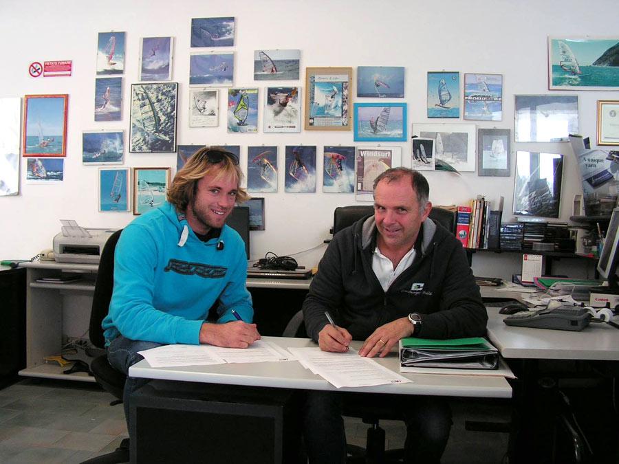 Claudio Badiali with Malte Reuscher, new Challenger Sails teamrider