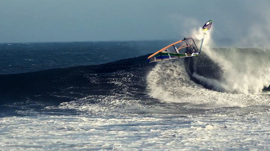 Graham had a big grin on after this perfect wave 360, too