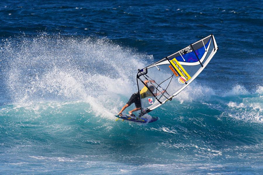 Graham with a radical Taka during the 2013 Aloha Classic (Pic: Carter/PWAworldtour)