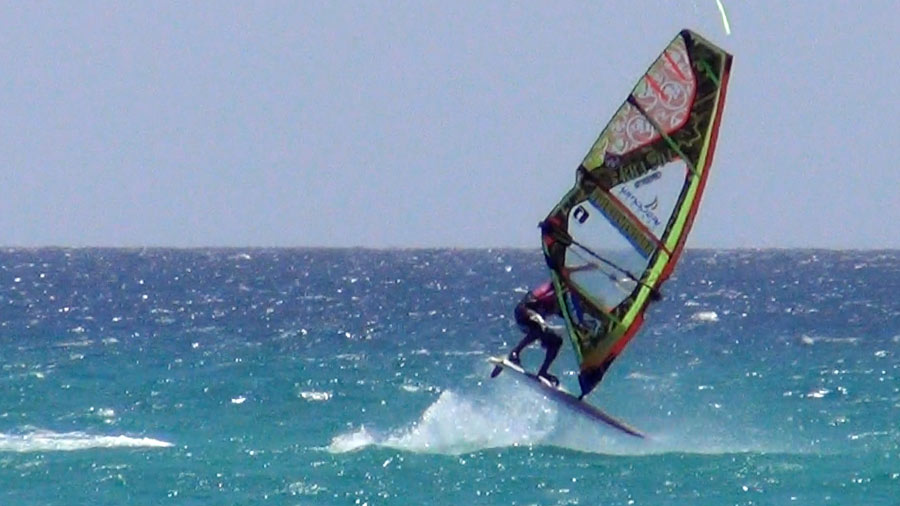 Air Funnell one handed by Hugo de Sousa