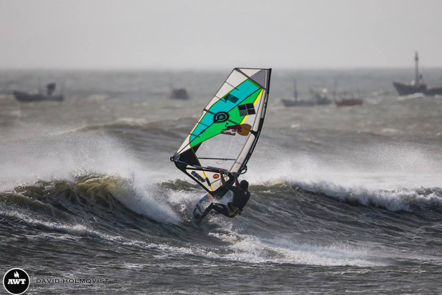 Levi Siver at Pacasmayo, Peru (Pic: David Holmqvist)