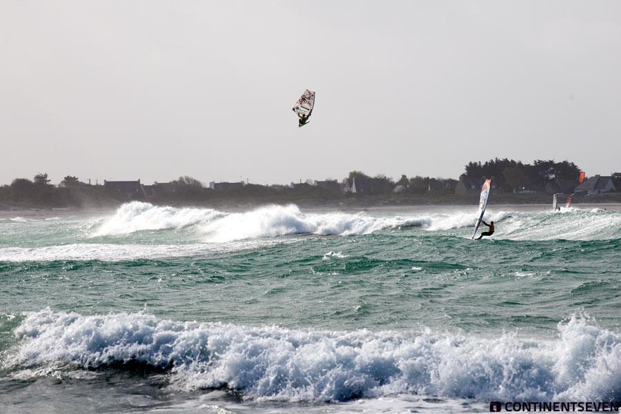 Massive jump by Victor Fernandez at La Torche