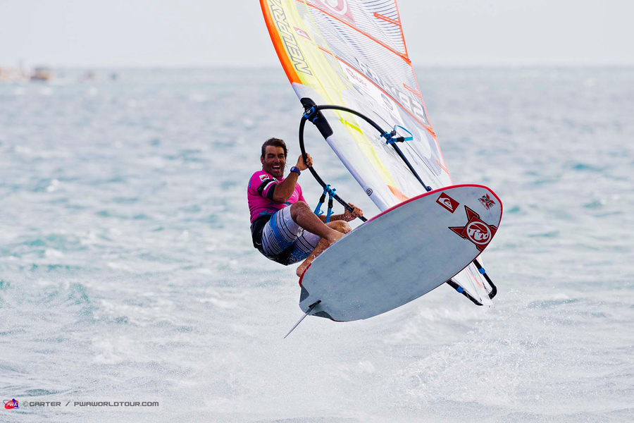 Antoine Albeau with the victory leap at Noumea. He again is the best Slalom rider in the world (Pic:PWA/Carter)
