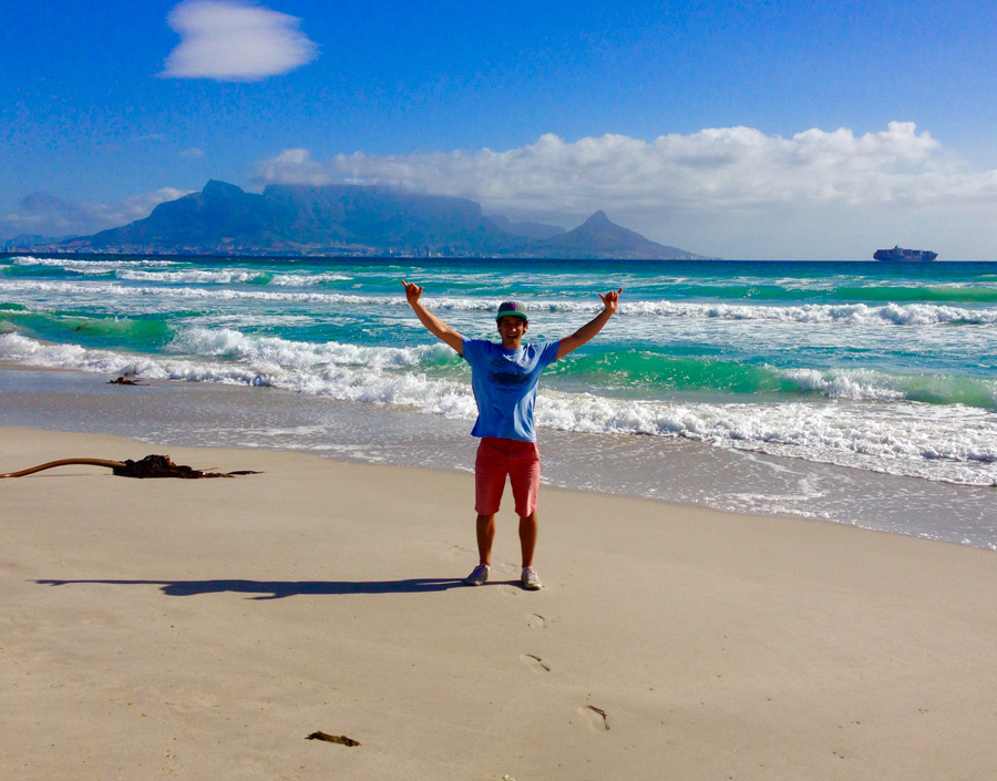 Romain sends greetings from the beach