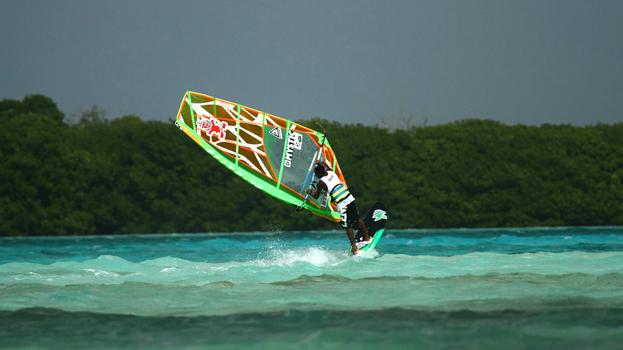 Taty goes freestyle on  the new Gaastra (Pic: Phil Richards).