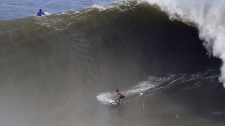 Surfing Puerto Escondido