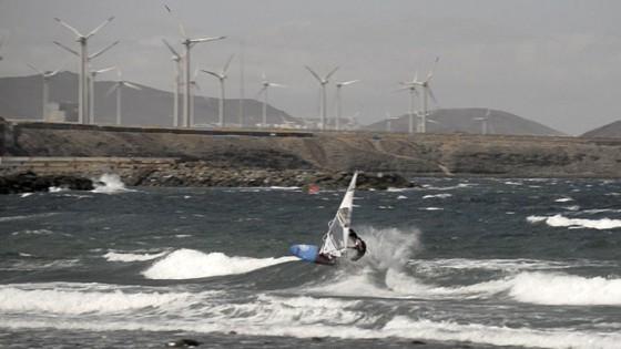 Victor Fernandez Onshore Waveride