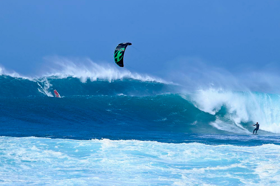 Stephane in between a huge set at Puertito (Pic: Laurent Didier)
