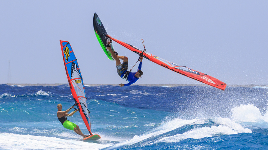 Dieter and Amado in the waves of Bonaire. Amado will be on the podium in 2015, if Dieter is right (Pic: Markus Seidel)