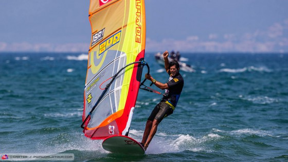 Lightwind Slalom action from elimination 1 at Costa Brava 2015