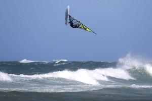 Kenneth Danielsen flying