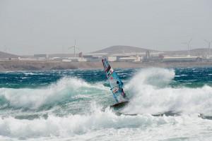 Waves & Wind in 2015, Cutback by Victor Fernandez - Pic: Kerstin Reiger