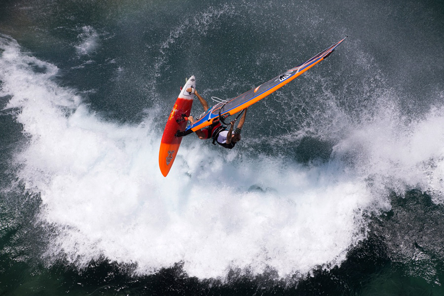 Aerial action at Ho'okipa (Pic: JC/Starboard)