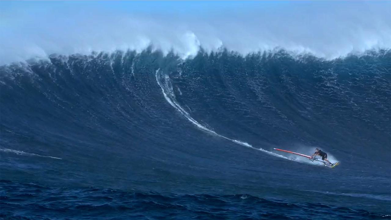 Robby Swift on Maui 2015