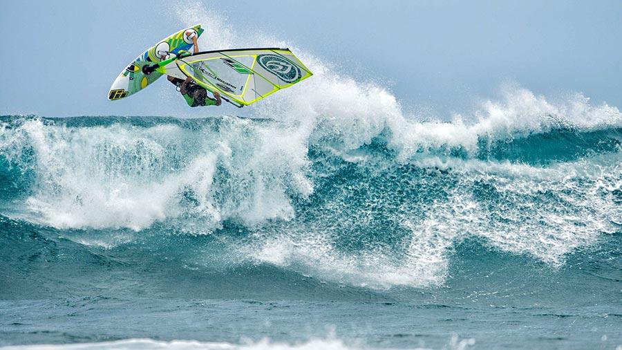 Novenove maui aloha classic 2015 entries for Fish bowl maui