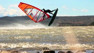 Balz Müller with a big Shove it Spock at Leucate