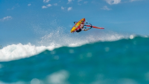 Fabio Calo on his new board at Hookipa, Hawaii (Pic: Fish Bowl Diaries)