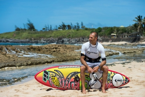 Fabio Calo sits on his new board at the Ho'okipa beachpark (Pic: Fish Bowl Diaries)
