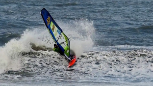 Lars Petersen with a cutback at Middles, Denmark