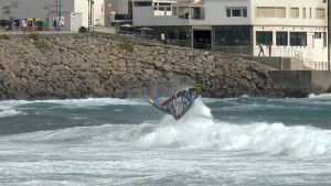 Frontside Wave 360 by Ricardo Campello
