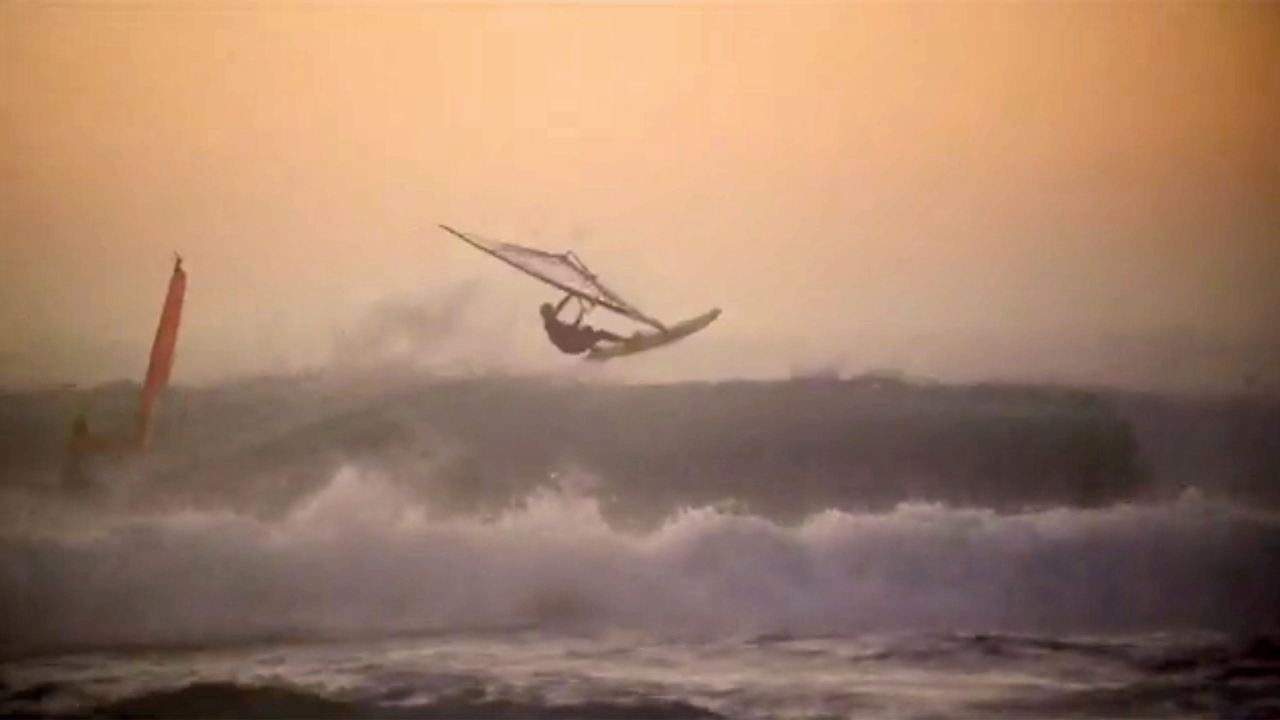 Nicole Bandini in waves