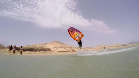 Air Skopu into one handed Burner by Yentel Caers