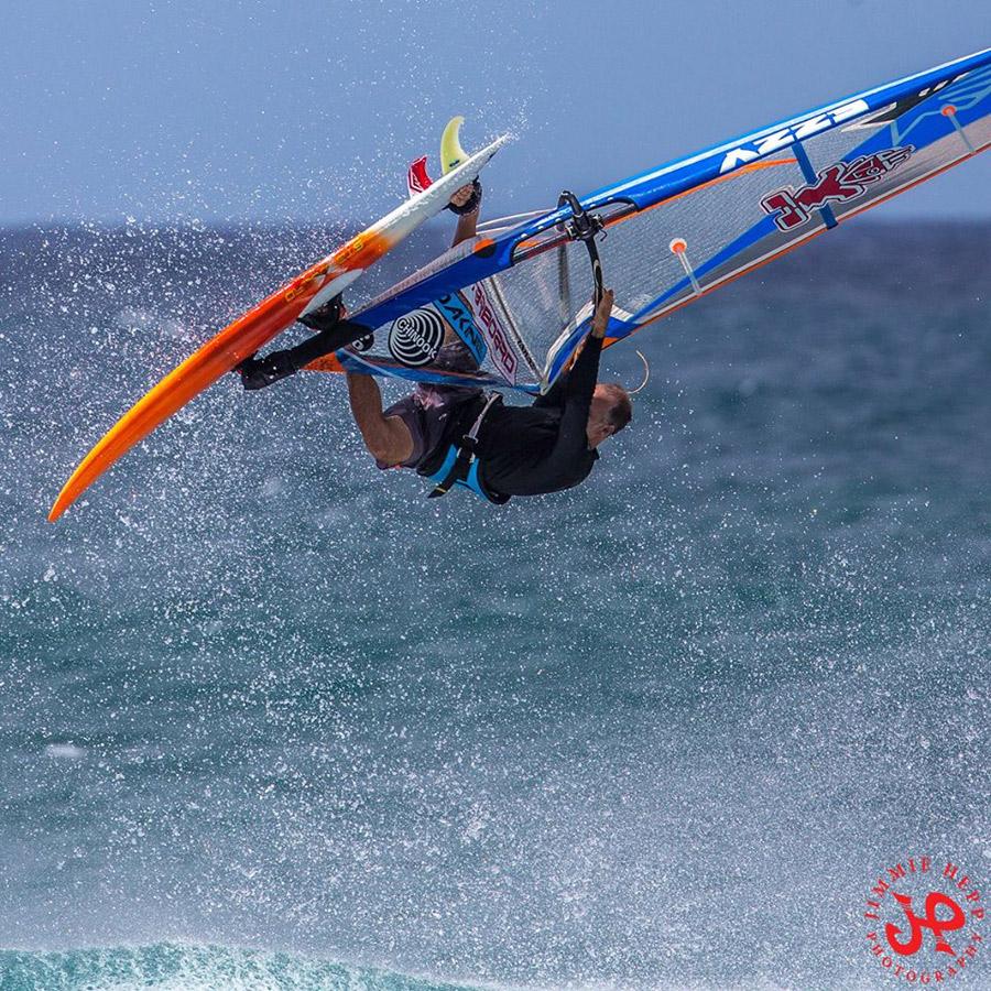 Kevin Pritchard tweaks an Aerial to the max (Pic: Jimmie Hepp)