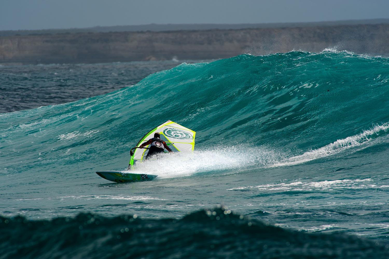 Glassy waves - Pic: Giovanni Squitieri