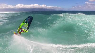 Tatiana Howard rides a big wave during the Aloha Classic 2016