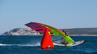 Antoine Albeau leads at Costa Brava (Photo: by Carter/PWA)