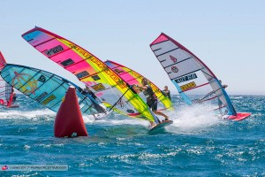 Antoine Albeau leads at the first jibe mark