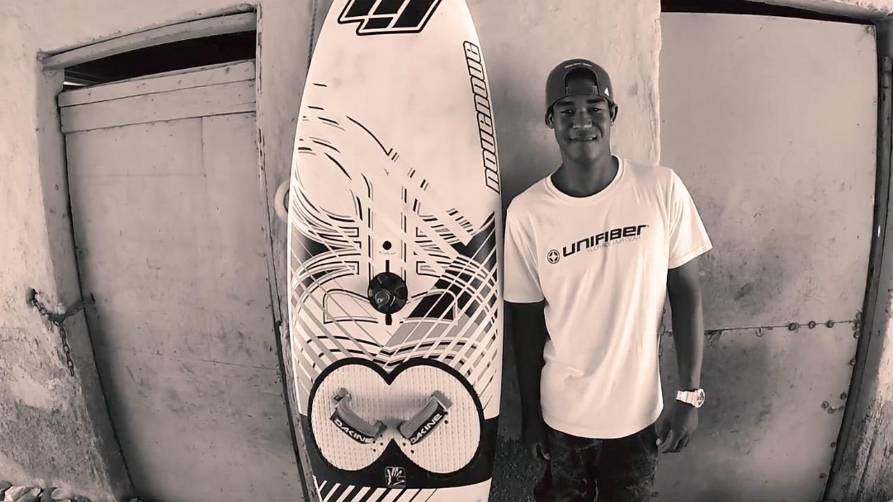 Deivis Paternina windsurfs in Venezuela