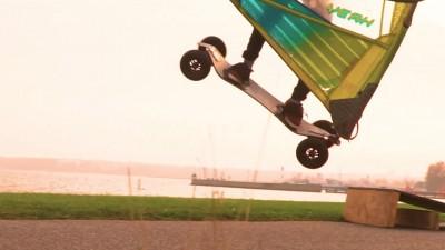 Anton Munz with windskating action