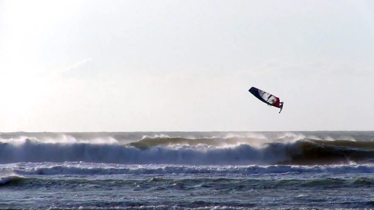 Boujmaa Guilloul rides big swell in Morocco in 2018