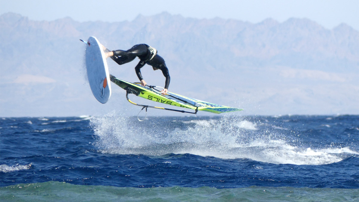 Double Air Culo by Davy Scheffers