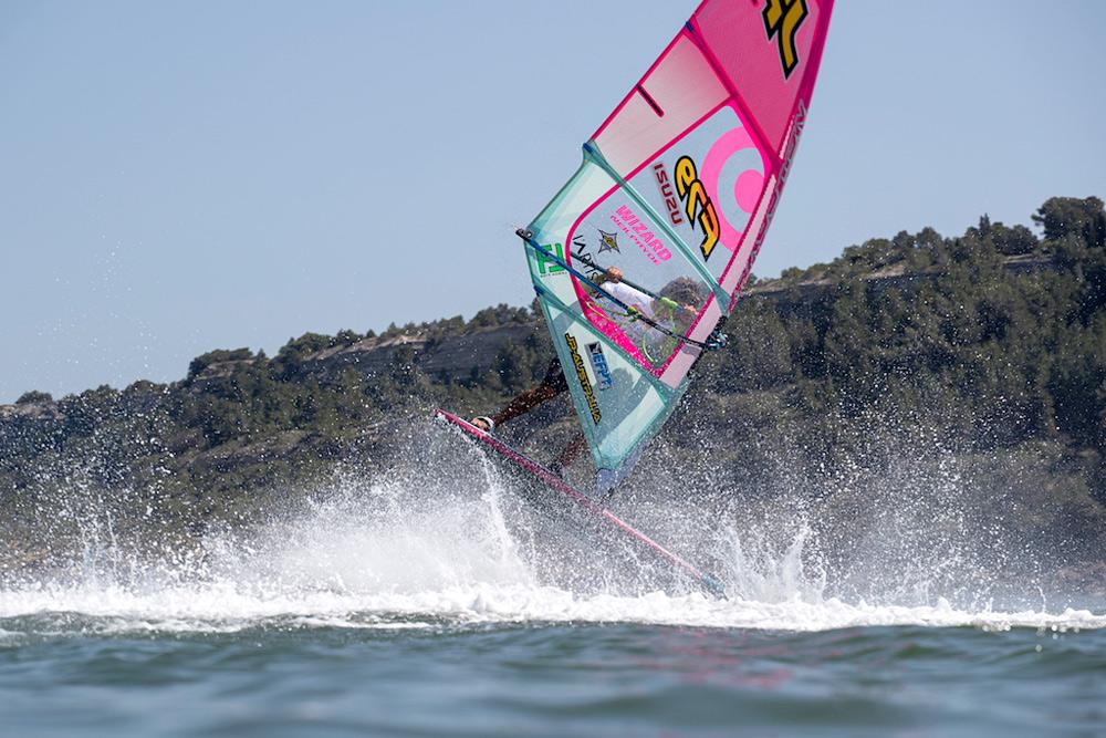 Sam Esteve shows skills (Photo by Pierre Bouras)