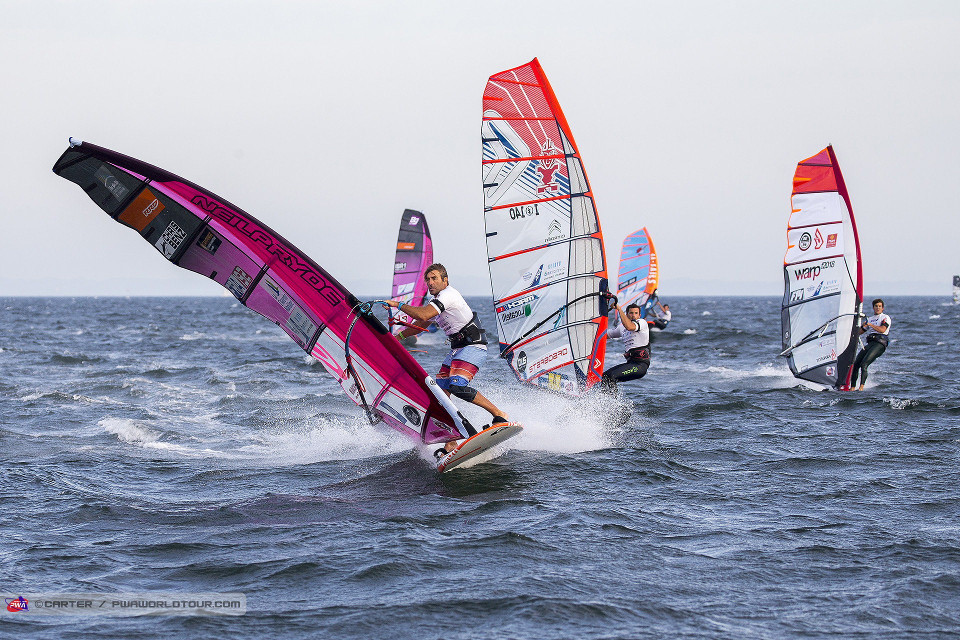 Antoine Albeau is still ahead (Photo: Carter/PWAworldtour)