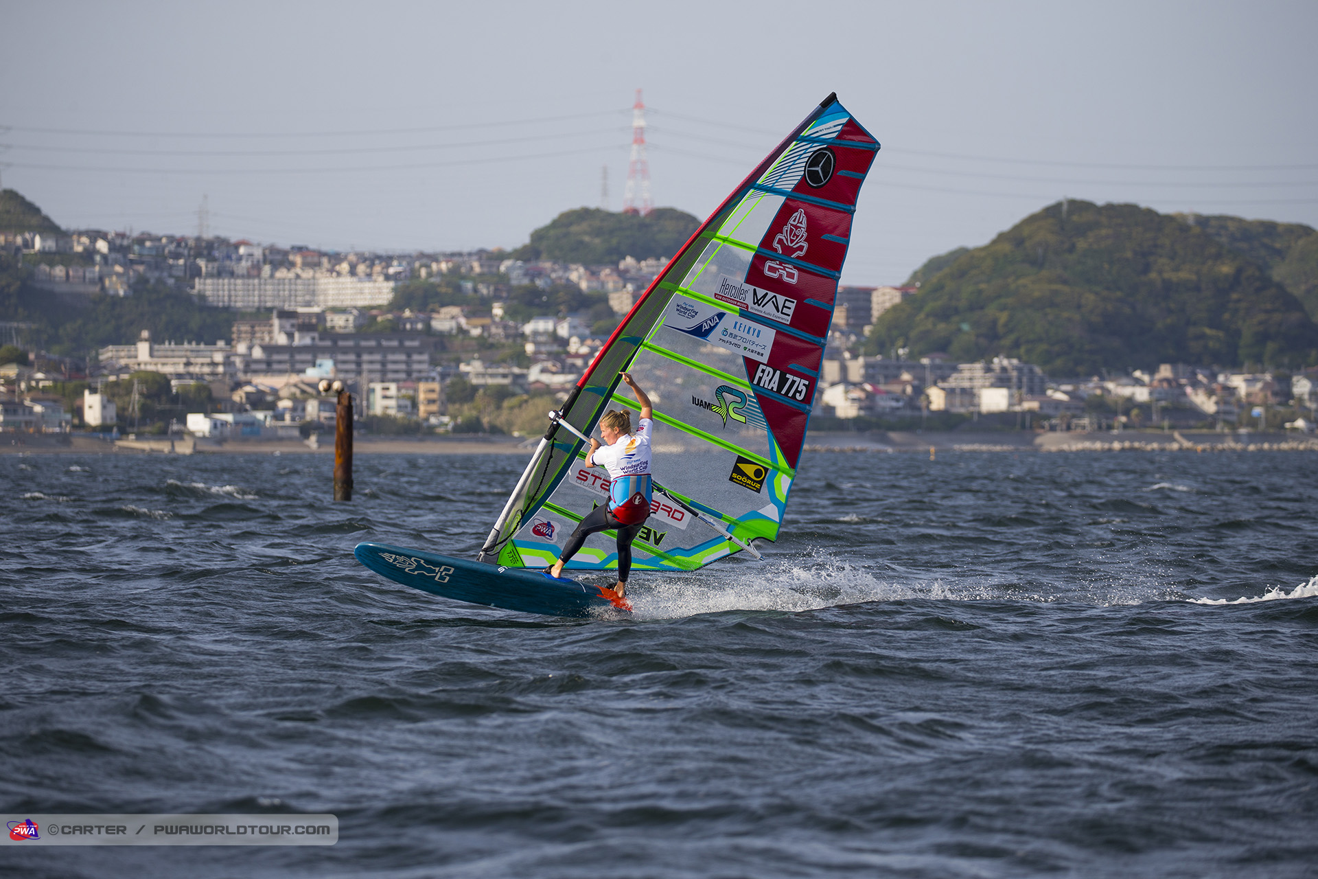 Delphine Cousin takes elimination one and the event victory (Photo: Carter/PWAworldtour)