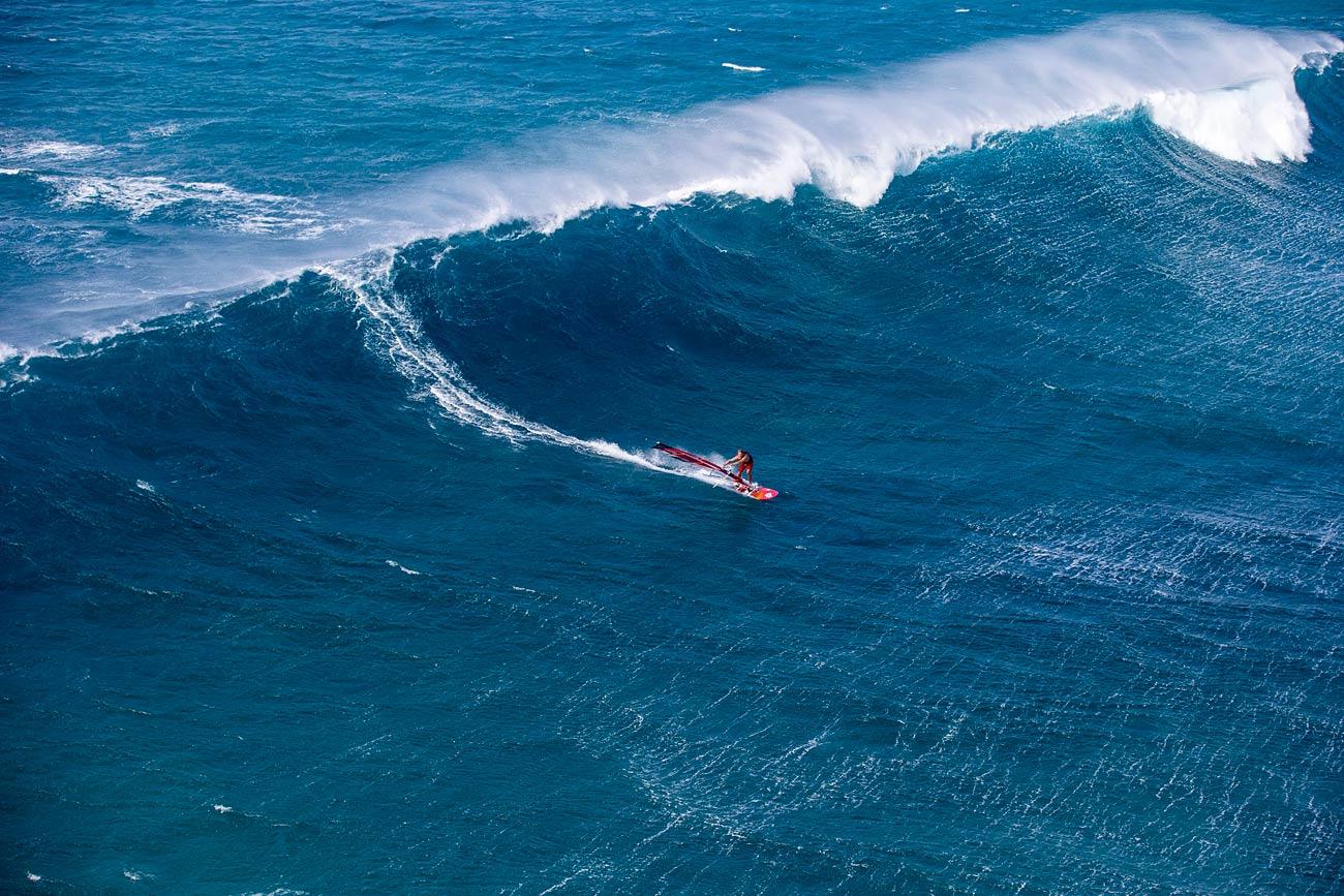 Alessio Stillrich wants to ride big waves soon again