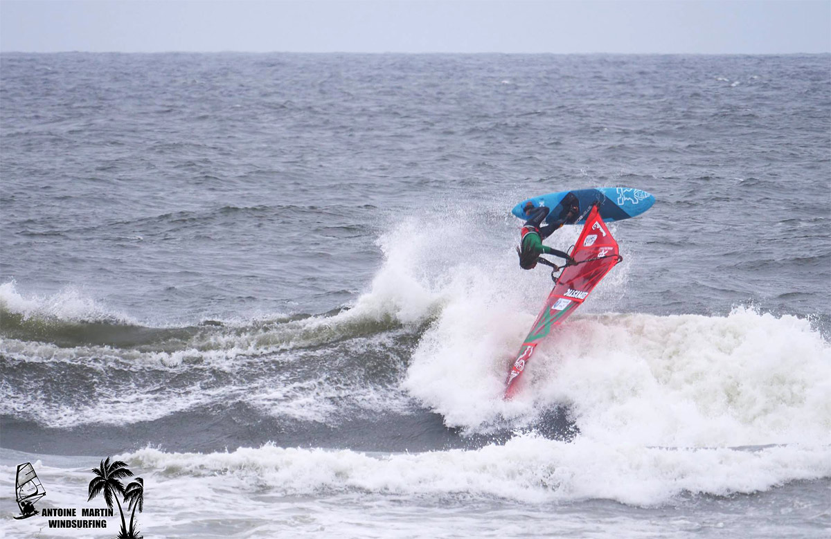 Boujmaa Guilloul with brilliant Goiter action at the IWT Pistol River Wave Bash 2018