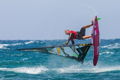 Yentel Caers wins in Lanzarote Photo by Dominik Jendroszczyk, EFPT.net)