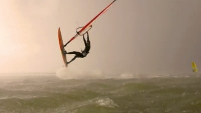 Jannes Thomsen with freestyle action from northern Germany